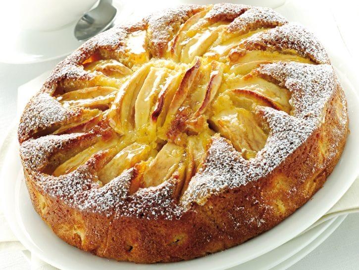 La torta di mele con l'olio di mais